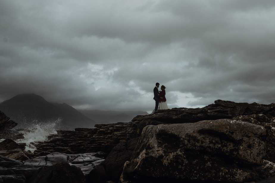 Skye Elopement Photographer. Mari and Kris elope to Elgol, Isle of Skye.
