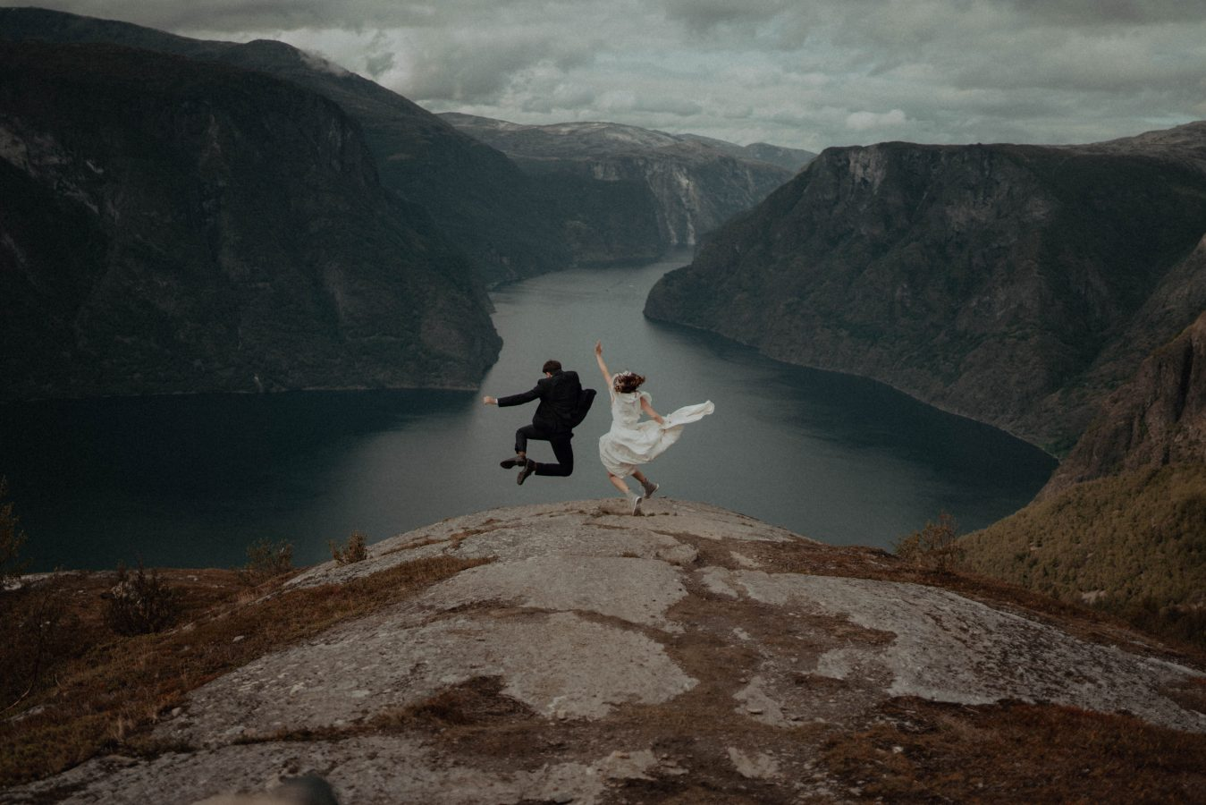 Norway Elopement Photographer, Belle Art Photography. An Image of an Elopement in Aurland, Norway