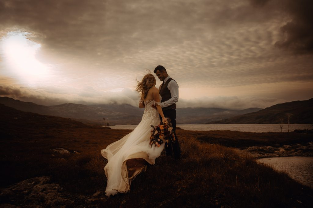 sunrise elopement at Loch Assynt