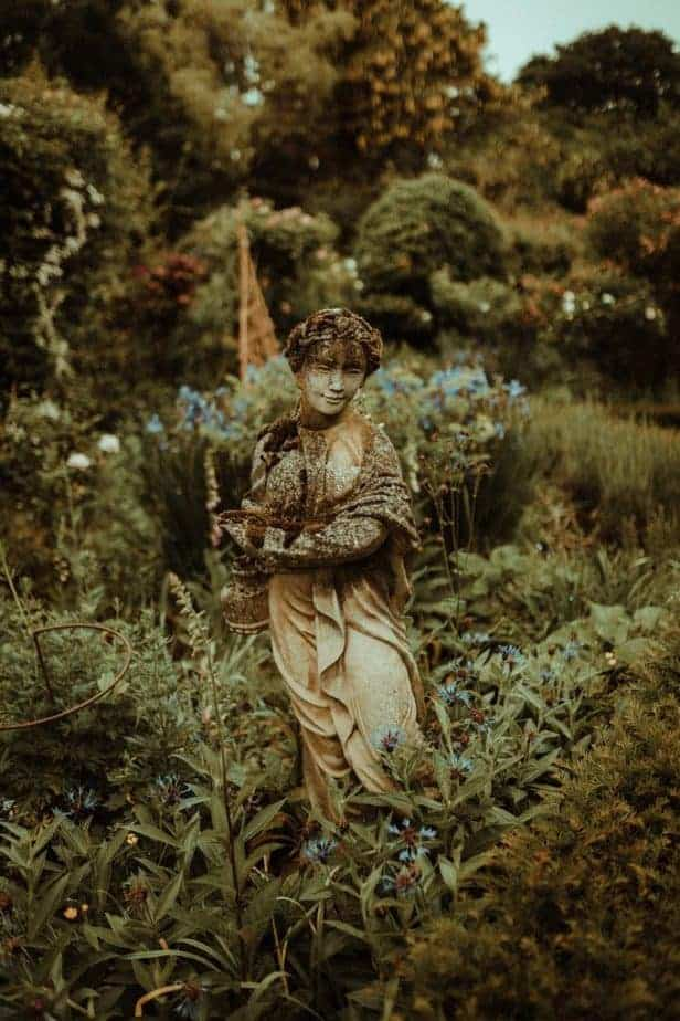 An image of a statue at Crook Hall by Belle Art Photography