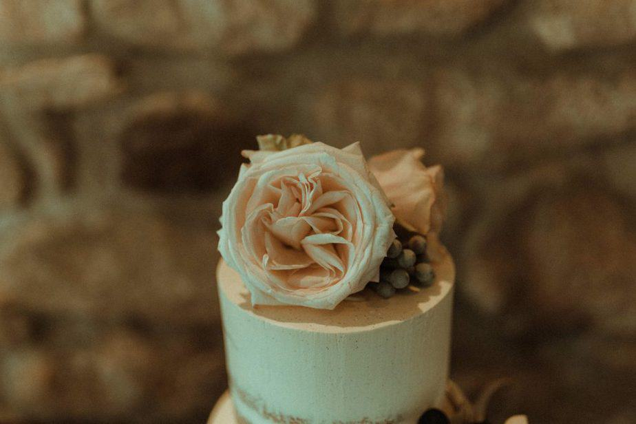 An image of detail on wedding cake an intimate wedding at Northside Farm by Belle Art Photography