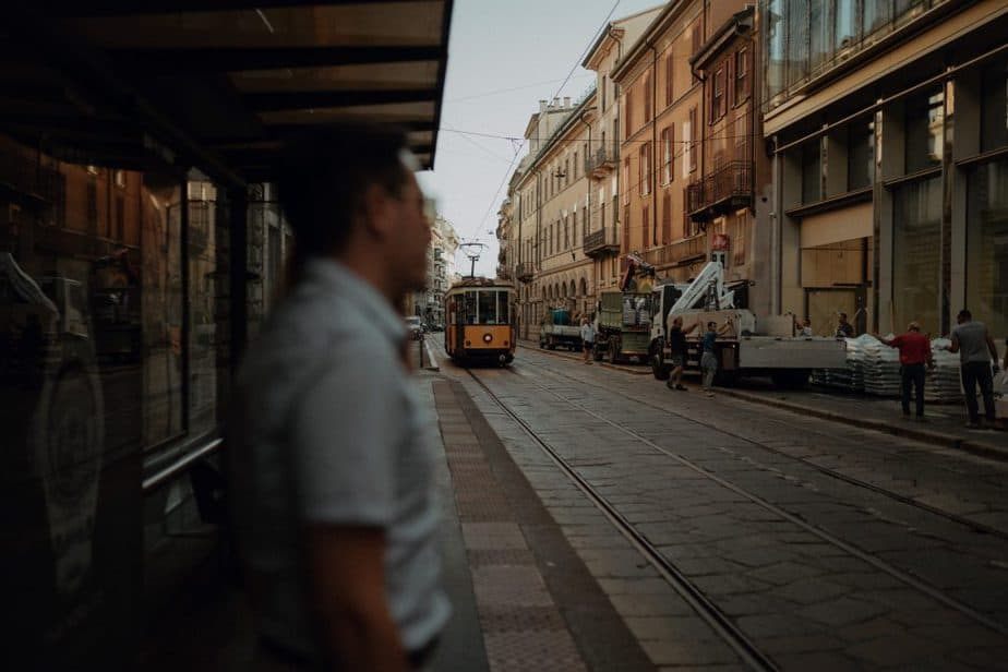 Couple photos on Tram in Milan by Belle Art Photography